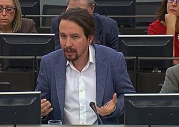 Pablo Iglesias vuelve a pedir la derogación del voto rogado en la Comisión Constitucional que estudia la reforma de la LOREG