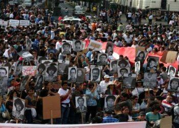 Peruanos marchan este jueves en repudio al indulto a Fujimori