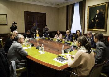 Podemos se reúne con CCOO y UGT en el marco de la negociación de la subida del SMI con el gobierno