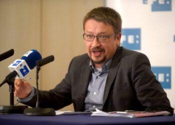 """Domènech es compromet a tornar a invertir en escoles bressol després que els governs de Mas i Junts pel Sí """"hi hagin destinat zero euros"""""""