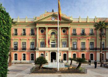 Apuntan a una moción de censura al PP de Murcia