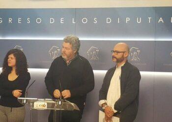 Unidos Podemos propone una reforma para considerar delito también el maltrato a animales salvajes