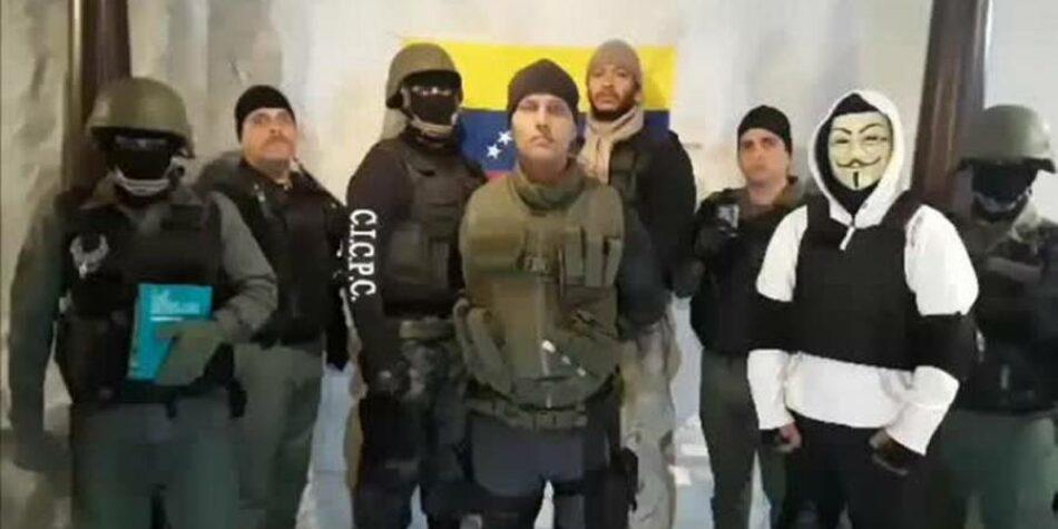 Oscar Pérez, rodeado por las autoridades de Venezuela en El Junquito: «¡No disparen, estamos heridos!»