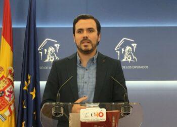 """Garzón denuncia el """"cierre del Parlamento y la parálisis legislativa"""" que imponen el PP y sus socios de Ciudadanos, y reclama a Ana Pastor que intervenga"""