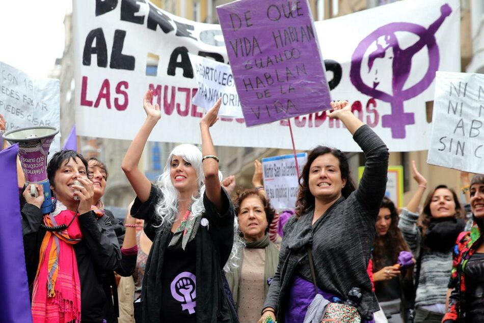 El segundo encuentro estatal para la huelga feminista reúne a más de 400 mujeres en Zaragoza