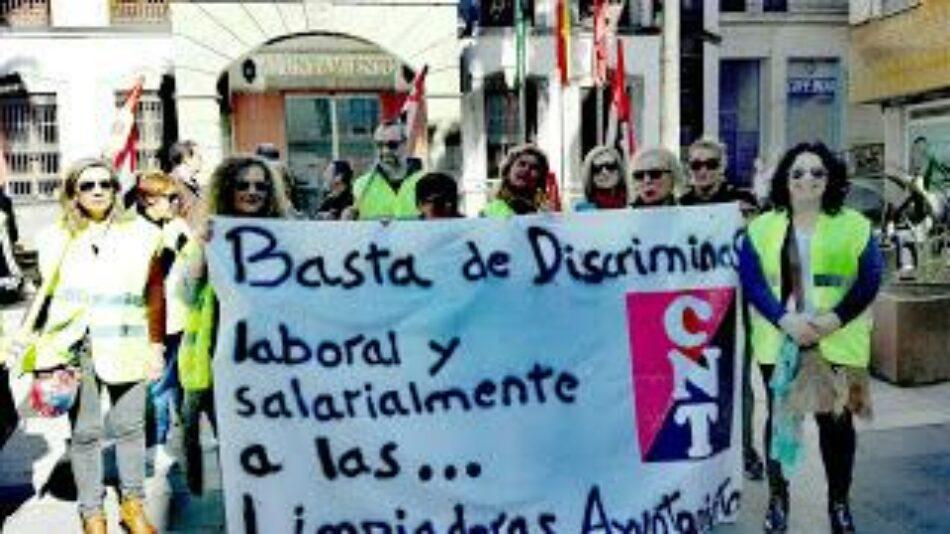 Condena al Ayuntamiento de Almería por discriminación salarial de las limpiadoras municipales