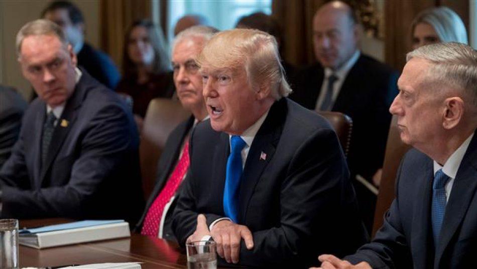 Autor del libro sobre Trump: Todos en su entorno creen que es un imbécil