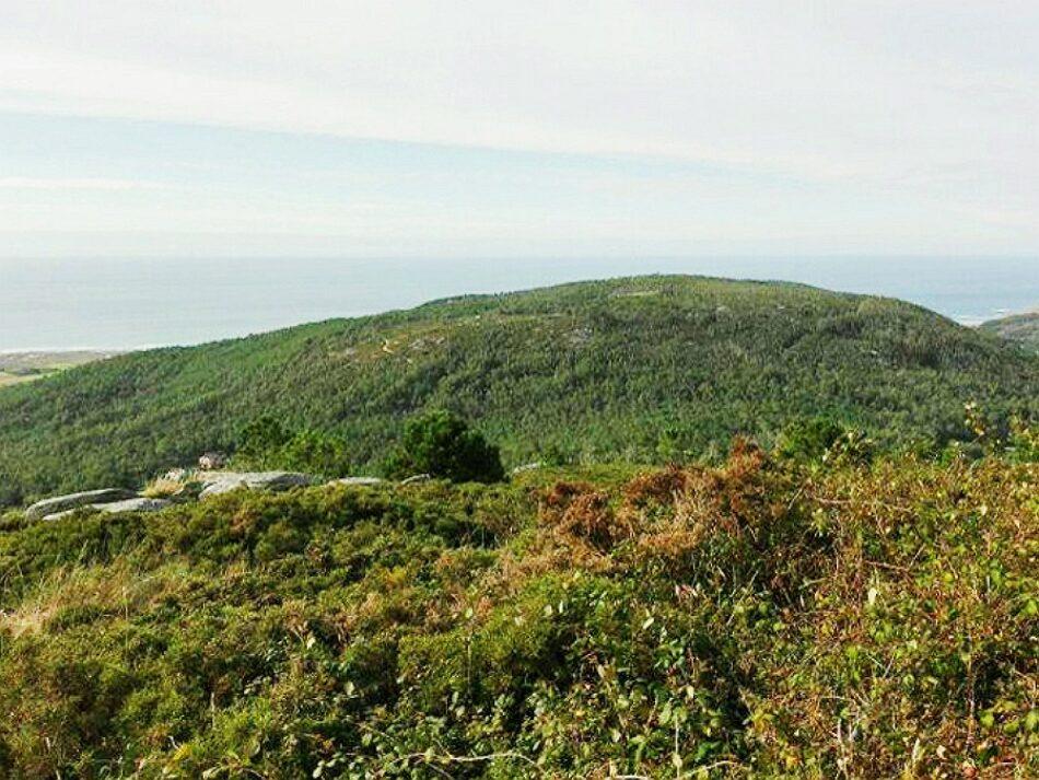 En Marea presenta una PNL para instar a la Xunta a cancelar la autorización del proyecto eólico Pena Forcada-Catasol II en la localidad coruñesa de Laxe