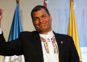 Correa regresará a Ecuador el 4 de enero de cara al referendo