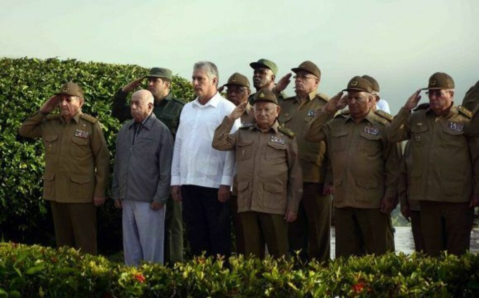 Cuba. Preside Raúl ceremonia de inhumación de combatientes del III Frente
