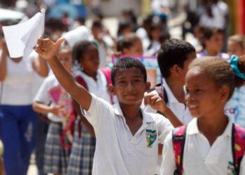 Colombia. Comando Central del ELN: No perder más tiempo y reiniciar las conversaciones