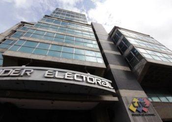 CNE venezolano registra 17 partidos políticos para elecciones