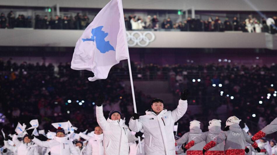 Corea del Norte y Corea del Sur reestablecen conversaciones en la inauguración de los Juegos Olímpicos de invierno de Pyeongchang