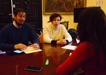 """Participa Sevilla lamenta el """"maltrato institucional"""" que sufren los servicios comunitarios municipales"""
