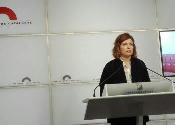 Elisenda Alamany: «Catalunya no pot estar amb l'ai al cor per les guerres fratricides entre partits»