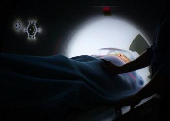 El cáncer 'empuja' a la pobreza a cerca de 25.000 enfermos al año en España