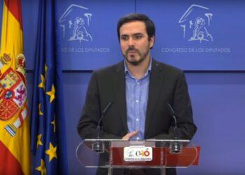 Alberto Garzón presenta las líneas básicas de la iniciativa de IU para proteger con urgencia la libertad de expresión