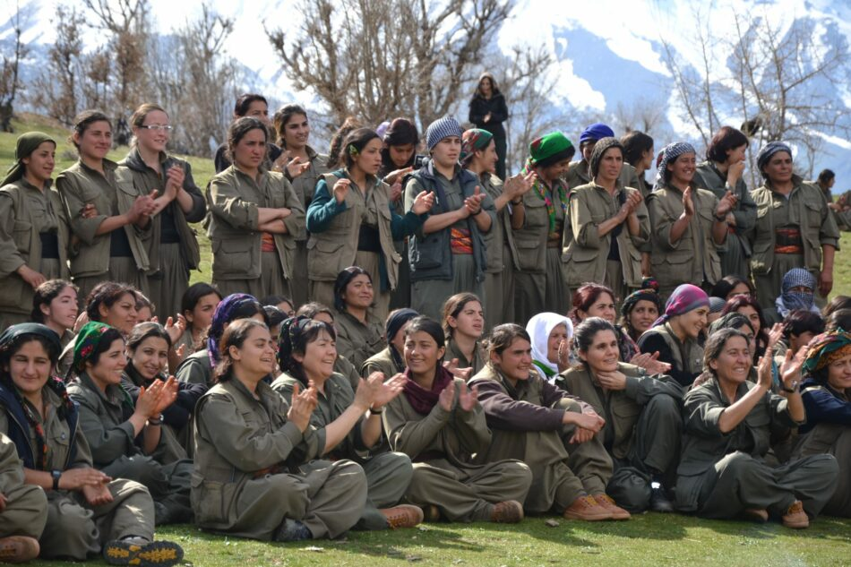 Paro el 8M: Convocatoria del Movimiento de Mujeres del Kurdistán