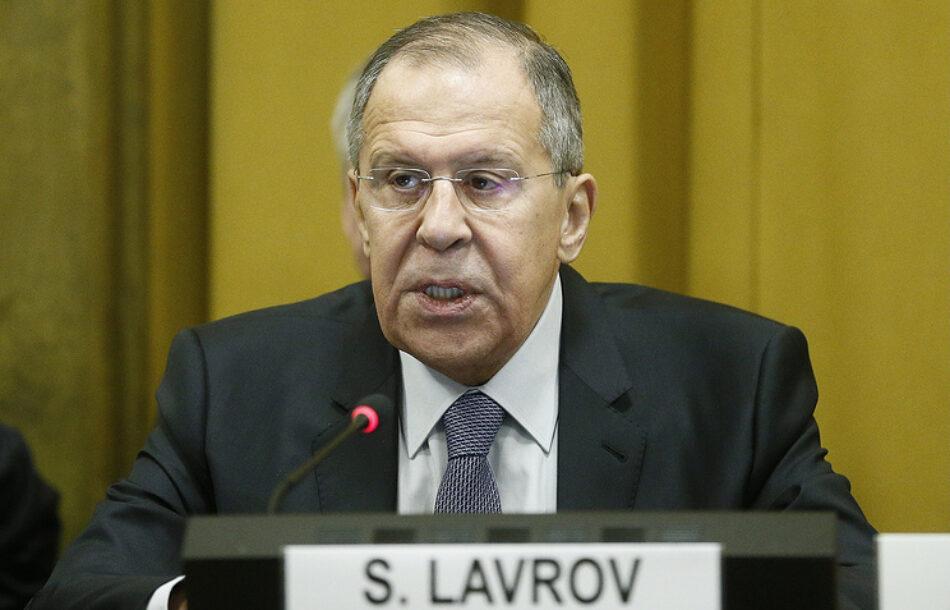 El ministro de exteriores ruso declara que «EE.UU. prepara a países europeos para usar armas nucleares tácticas contra Rusia»