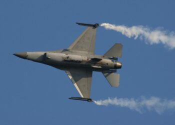 Otro ataque provocativo de la coalición liderada por EEUU contra el Ejército sirio en Deir Ezzor