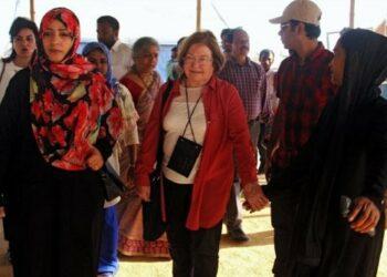 Tres premiadas con el Nobel de Paz piden detener abusos contra rohingyas y responsabilizan directamente a Aung San Suu Kyi