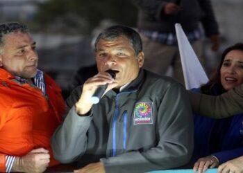 ¿Rafael Correa en la mira de organismos judiciales?