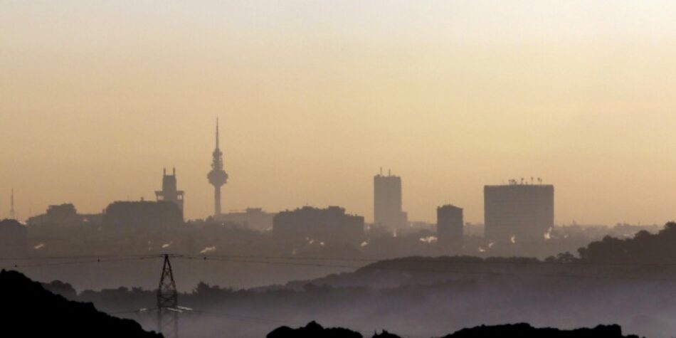 La contaminación del aire urbano en España cae un 38% hasta octubre, aunque repunta en otoño