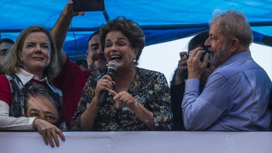 """Dilma Rousseff teme un """"baño de violencia"""" tras ataques a Lula"""
