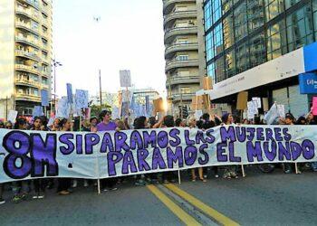 8M Paro Internacional de Mujeres. Uruguay se paralizó. Dijo Basta, Ni una menos. Hoy es un día de lucha