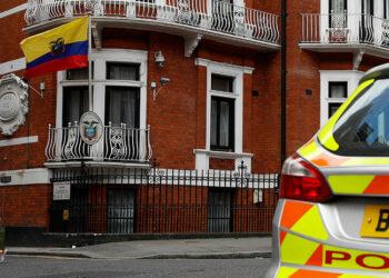 Ecuador corta la conexión a Internet de Julian Assange tras un tweet sobre Cataluña
