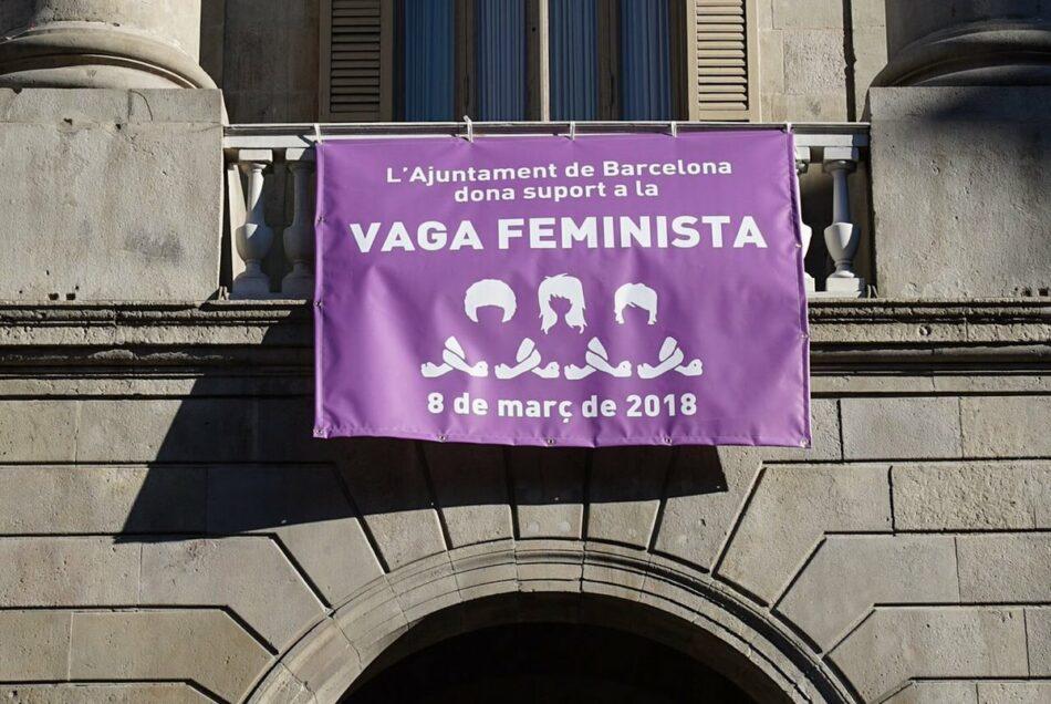 Barcelona En Comú s'adhereix a la vaga feminista i obre la seva seu com espai de cures