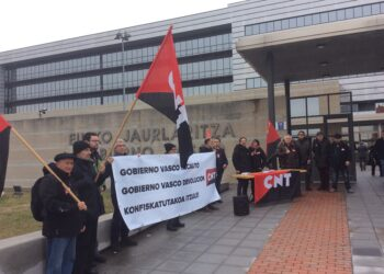 CNT reclama al Gobierno Vasco la devolución de la rotativa de su periódico, incautado por la Dictadura Franquista