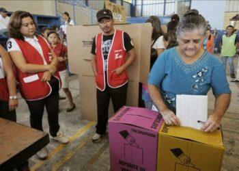 El Salvador elige diputados y alcaldes para próximos 3 años