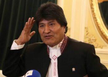 Morales parte a Madrid y luego a La Haya por demanda marítima