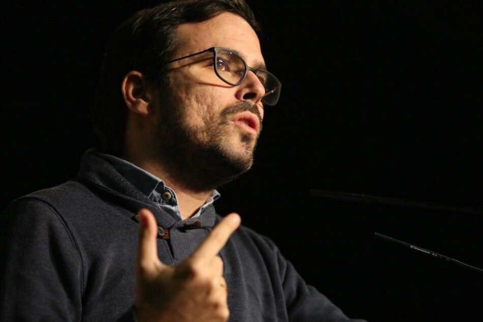 """Garzón augura un """"ciclo de movilizaciones ascendente"""" fruto de la """"frustración en cada vez más sectores por el ataque a los derechos y a lo público de un Gobierno reaccionario"""""""