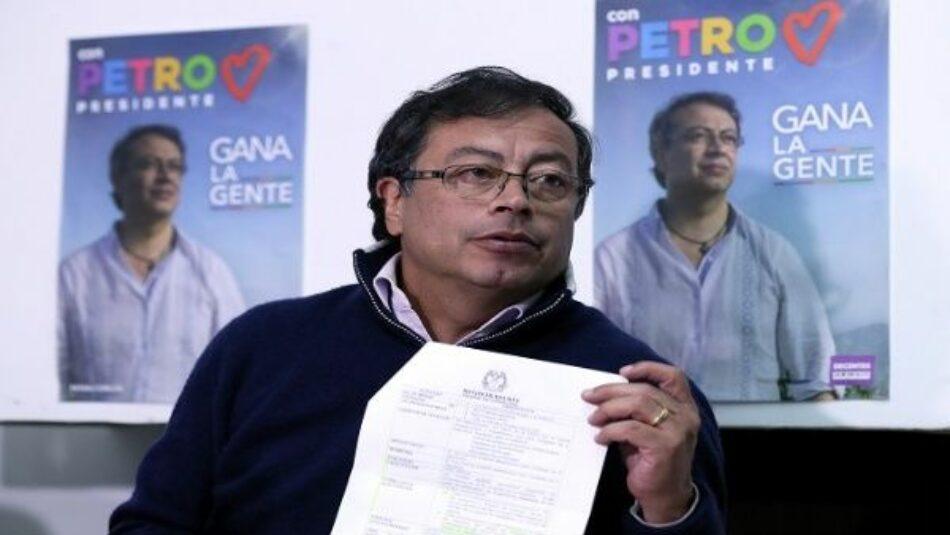 Gustavo Petro denuncia atentado durante caravana en Colombia