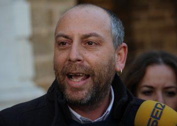 Ernesto Alba lamenta la «hipocresía» del PSOE por el incumplimiento la Ley de Memoria Democrática de Andalucía