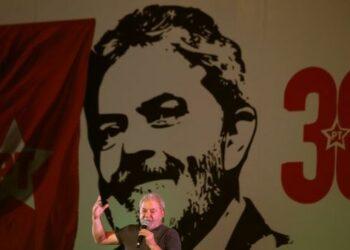 Lula mantiene liderazgo en todas las encuestas en Brasil