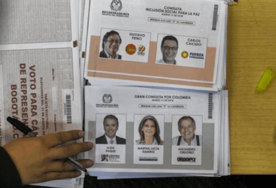 Gustavo Petro e Iván Duque resultaron vencedores de las consultas interpartidistas «Inclusión social para la paz» y «Gran consulta por «Colombia»