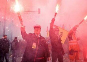 Ferroviarios: 36 jornadas de huelga contra la privatización del ferrocarril en Francia