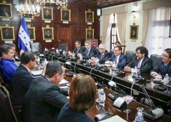 Honduras. Régimen rinde cuentas al FMI a cambio de seguir recibiendo apoyo financiero y político