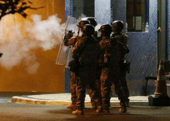 Brasil: En la noche del sábado la policía cargó contra los seguidores de Lula en Curitiba