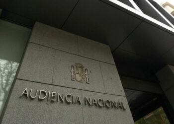 La Fiscalía se niega a investigar los vínculos de Felipe González con los GAL porque «son hechos prescritos»