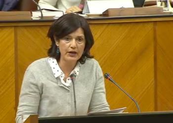 Carmen Molina lamenta que el Gobierno andaluz siga sin ofrecer una solución habitacional a las miles de personas que la demandan