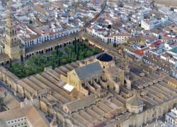 Ganemos Córdoba reprocha la nefasta gestión del entorno de la Mezquita