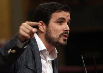 """Garzón desmonta con datos la propaganda del Gobierno y denuncia que Rajoy """"tiene definida una senda"""" con sus Presupuestos para 2018: """"la reducción del gasto social"""""""