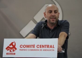 """Ernesto Alba llama al pueblo andaluz a salir a la calle """"por una república de futuro y profundamente democrática"""""""