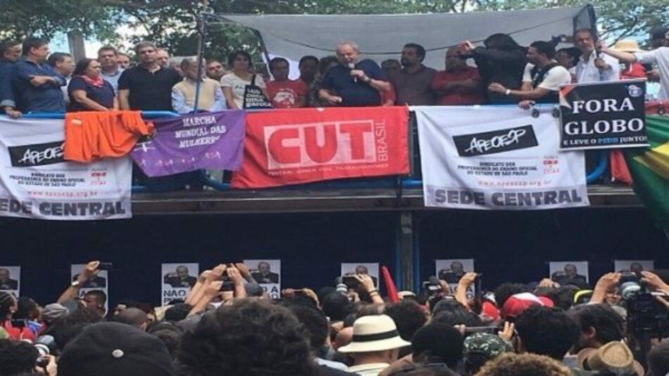"""Lula da Silva en un vibrante discurso: """"No pueden acabar con mis ideas y sueños, hay miles de Lula"""""""