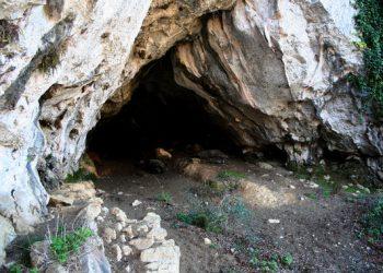Neandertales y 'sapiens' convivieron menos de mil años en la región cantábrica