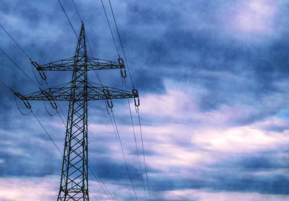"""La diputada Isabel Salud reclama al Ejecutivo del PP que explique las razones del """"fracaso de su gestión en la regulación del bono social eléctrico"""""""